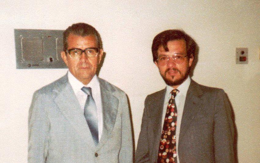 Wilson Wanderlei Vieira em audiência com o então senador Jarbas Passarinho, responsável por assinar a Lei nº 5.524/1968 e intermediar uma audiência com o presidente João Baptista de Oliveira Figueiredo